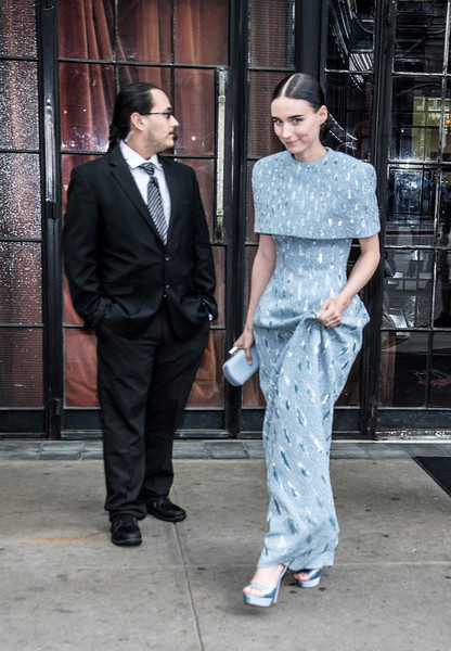 More Pics of Rooney Mara Satin Clutch (1 of 2) - Rooney Mara Lookbook - StyleBistro [heavenly bodies: fashion the catholic imagination costume institute gala - sightings,clothing,suit,fashion,street fashion,formal wear,haute couture,outerwear,dress,event,white-collar worker,bowery hotel,new york city,rooney mara]