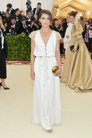 Keri Russell attended the 2018 Met Gala wearing a white wide-leg jumpsuit by Chanel.