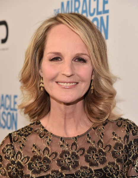 Helen Hunt Medium Curls [the miracle season,premiere of mirror,hair,face,hairstyle,blond,eyebrow,beauty,skin,chin,layered hair,smile,mirror,helen hunt,the london west hollywood,california,ld entertainment,red carpet,premiere]