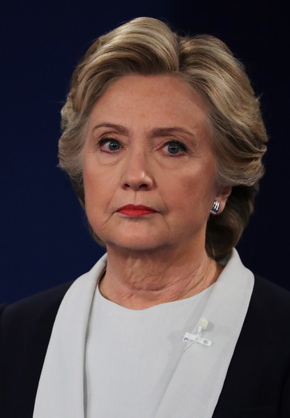 Hillary Clinton Short Side Part [face,hair,chin,head,cheek,hairstyle,forehead,lady,blond,lip,hillary clinton,donald trump debate,second,st louis,missouri,washington university in st louis,democratic,town hall debate,debates,election]