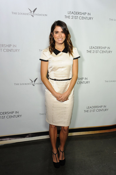 Nikki Reed finished off her look in classic style with a pair of black T-strap platform pumps by Alexandre Birman.