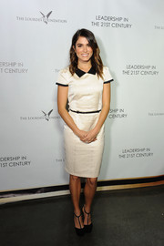 Nikki Reed was preppy-chic in a collared monochrome Paper Doll sheath during the Q&A with Ann Curry event.