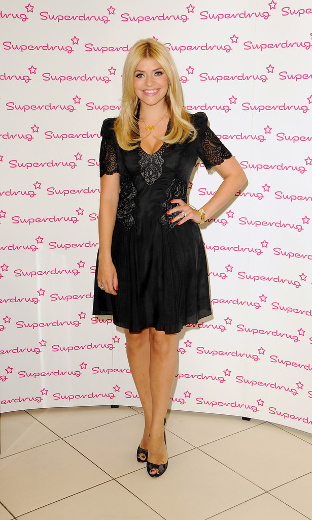 Holly Willoughby Little Black Dress Holly Willoughby