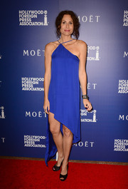 Minnie Driver was sexy and modern in an asymmetrical blue halter dress at the Hollywood Foreign Press Association's Grants Banquet.