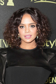 Tessa Thompson looked cute with her voluminous curls at the Golden Globe Award season celebration.