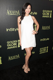 Aimee Garcia kept it super simple with this sleeveless white mini dress at the Golden Globe Award season celebration.
