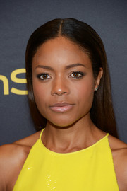 Naomie Harris sported a pin-straight 'do at the HFPA and InStyle Golden Globe Award season celebration.