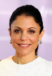 Bethenny Frankel wore soft neutral shades of eyeshadow while attending the Women in Entertainment Breakfast.