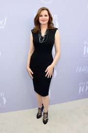 Geena Davis flaunted her hourglass figure in a body-con LBD during the Women in Entertainment Breakfast.