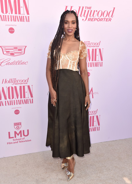 Kerry Washington went for glam styling with a pair of embellished gold pumps by Midnight 00.