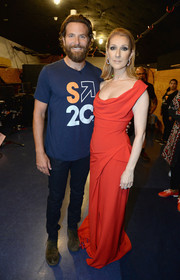 Celine Dion was a vision in a draped red gown at the 2016 Stand Up to Cancer event.