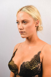 Maika Monroe opted for a casual chignon when she attended the SXSW premiere of 'Hot Summer Nights.'