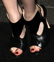 Emma Roberts attended the House of Hype's 2011 MTV Video Music Awards after party with deep crimson polish on her toes.