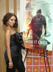 Kat Graham attended the New York screening of 'How It Ends' wearing a beautiful diamond chain bracelet.