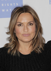 Mariska Hargitay looked stylish with her flippy layered cut at the Voices for Justice dinner.