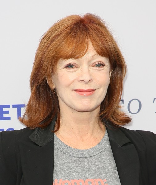 Frances Fisher attended the 2018 To the Rescue! Los Angeles Gala wearing her hair in a flipped style with parted bangs.