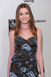 Anne Hathaway dazzled on the red carpet at the Gotham Independent Spirit Awards in a 19th Century diamond necklace.