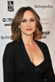 Vera Farmiga wore intense smoky eye makeup featuring loads of luxurious black eyeliner and mascara at IFP's 21st Annual Gotham Independent Film Awards.