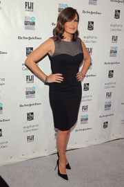 Mariska Hargitay showed off her curves in a form-fitting LBD with a contrast yoke during the Gotham Independent Film Awards.