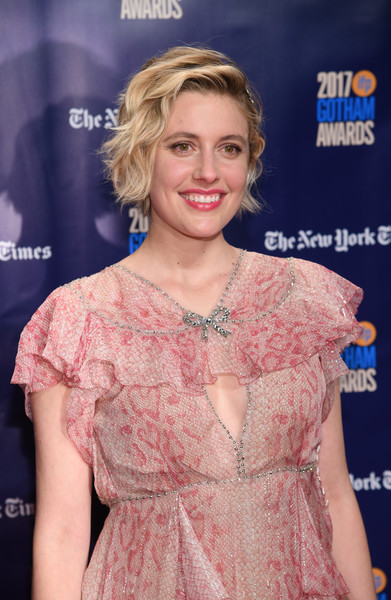 More Pics of Greta Gerwig Print Dress (1 of 9) - Greta Gerwig Lookbook - StyleBistro