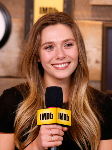 Elizabeth Olsen wore her long hair down in a gently wavy style while visiting the IMDb Studio at Sundance.