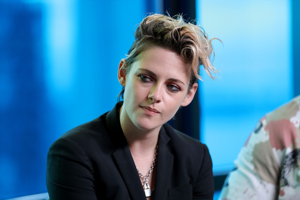 Kristen Stewart gave us James Dean vibes with this messy fauxhawk at the IMDb Studio event during the 2019 Toronto International Film Festival.