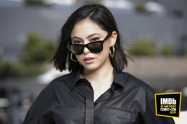Rosa Salazar went for a simple short, straight cut during San Diego Comic-Con 2019.