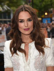 Keira Knightley kept to her usual look with loose waves at the 2014 Toronto International Film Festival premiere of 'The Imitation Game'.