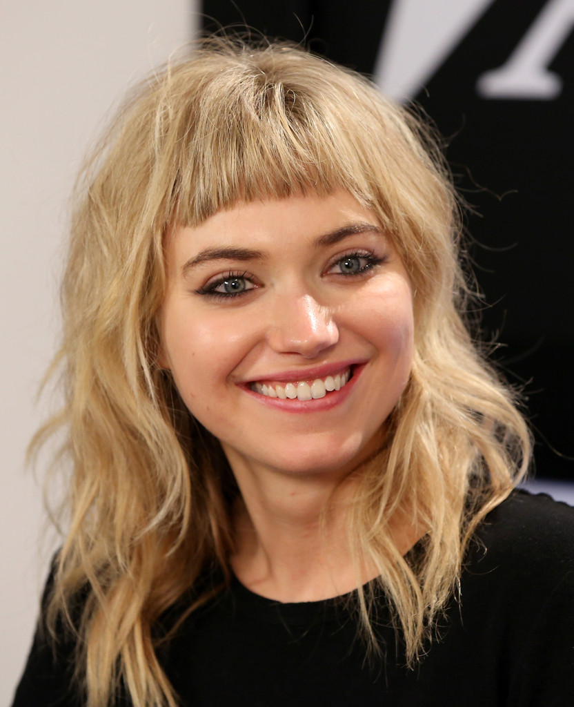 Imogen Poots Medium Wavy Cut With Bangs