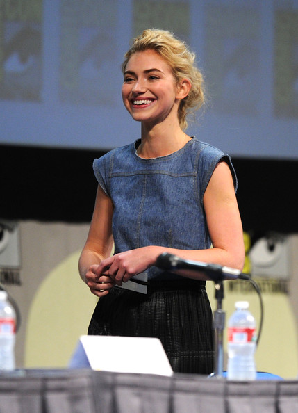 Imogen Poots Denim Shirt [fright night,imogen poots,san diego,california,san diego convention center,dreamworks,comic-con,panel]