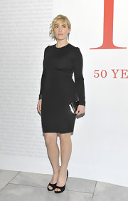 Kate Winslet topped off her LBD at the CFDA gala in black peep-toe pumps.