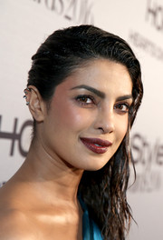 Priyanka Chopra went super edgy with this wet-look, side-swept hairstyle at the InStyle Awards.