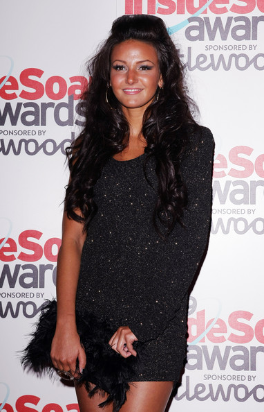 More Pics of Michelle Keegan Feathered Clutch (1 of 3) - Michelle Keegan Lookbook - StyleBistro