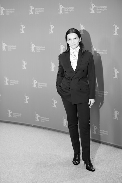 More Pics of Juliette Binoche Medium Straight Cut (1 of 27) - Shoulder Length Hairstyles Lookbook - StyleBistro []