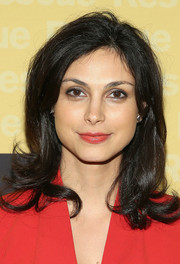 Morena Baccarin wore her hair down to her shoulders with wavy ends during the Freedom Award benefit.