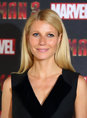 A subtle hint of pink gave Gwyneth Paltrow's nude lip color just the right pop.