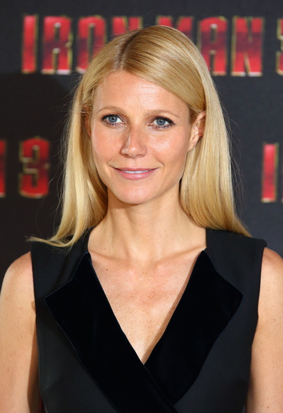 more pics of gwyneth paltrow nude lipstick (7 of 10