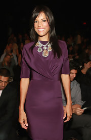Veronica showed off her dazzling statement necklace while hitting the front row at the Isaac Mizrahi show.