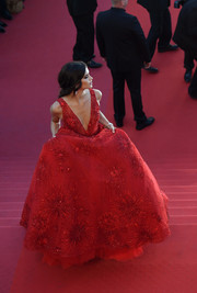 Sara Sampaio took our breath away with this fireworks-beaded red ball gown by Zuhair Murad Couture at the Cannes Film Festival opening gala.