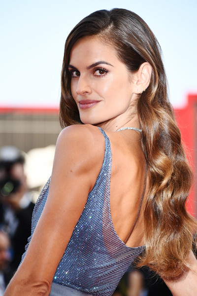 Izabel Goulart Long Wavy Cut [hair,fashion model,beauty,human hair color,hairstyle,long hair,model,black hair,brown hair,girl,izabel goulart,sala grande,red carpet,venice,italy,premiere,venice film festival,opening ceremony,screening]