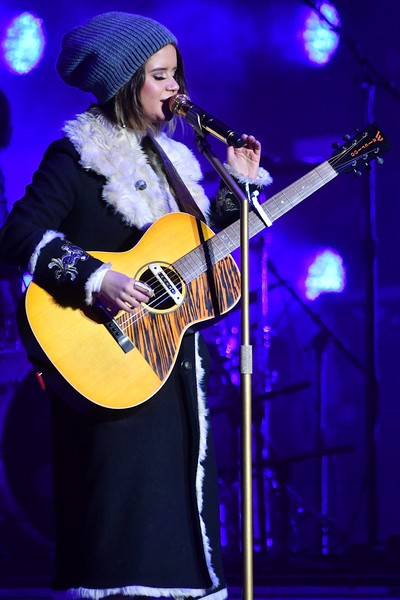 Maren Morris kept warm with a blue beanie and a fur-lined coat while performing at the Music City Midnight: New Year's Eve event.
