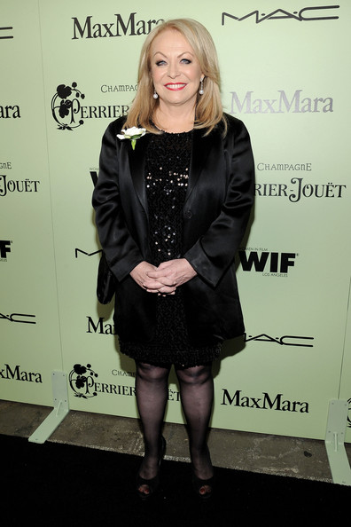 Jacki Weaver Clothes