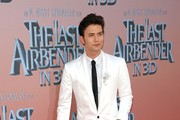 Jackson Rathbone Men's Suit