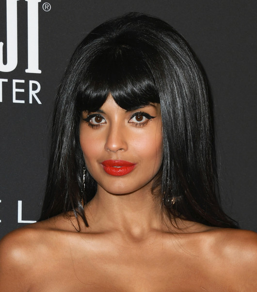 Jameela Jamil Red Lipstick [hair,face,hairstyle,lip,black hair,chin,eyebrow,bangs,beauty,skin,arrivals,jameela jamil,instyle awards,the getty center,los angeles,california,jameela jamil,the good place,celebrity,actor,photograph,instyle,photography,lookbook,bangs,hairstyle]