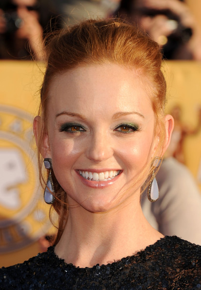 Jayma Mays Bright Eyeshadow [hair,face,hairstyle,eyebrow,lip,chin,beauty,blond,smile,forehead,arrivals,jayma mays,screen actors guild awards,california,los angeles,the shrine auditorium,18th annual screen actors guild awards]