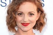 Jayma Mays Short Wavy Cut