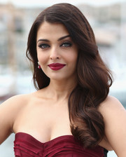 Aishwarya Rai's raspberry lips matched sweetly with her dress.