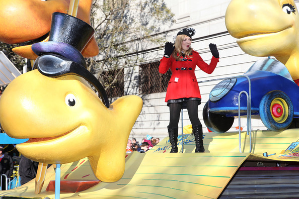 Nickelodeon Stars Take To The Streets Of NYC For The 86th Annual Macy's Thanksgiving Day Parade