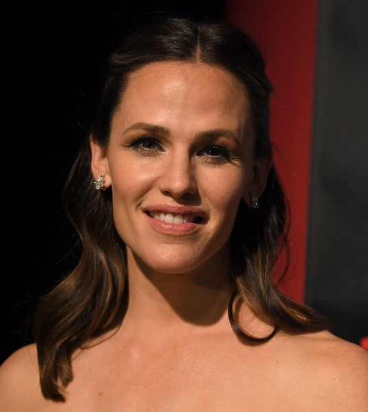 Jennifer Garner Half Up Half Down