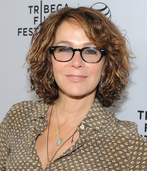 Jennifer Grey Curled Out Bob [eyewear,hair,face,hairstyle,glasses,blond,chin,brown hair,layered hair,hair coloring,the beverly hilton,beverly hills,california,the beverly hilton hotel,tribeca film festival la kickoff reception,jennifer grey]
